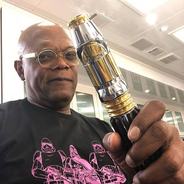 Top 50 Celebrities who vape - Samuel L Jackson