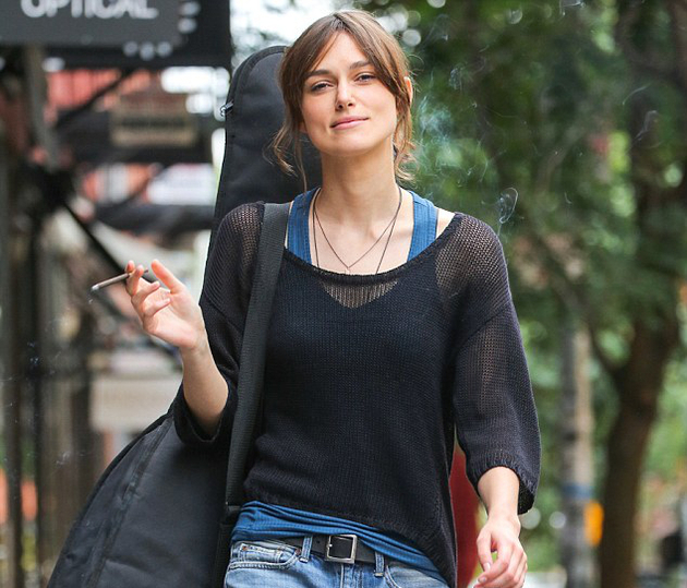 Top 50 Celebrities who vape - _keira_knightley