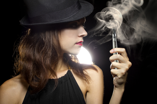how do vapes and e-cigarettes work