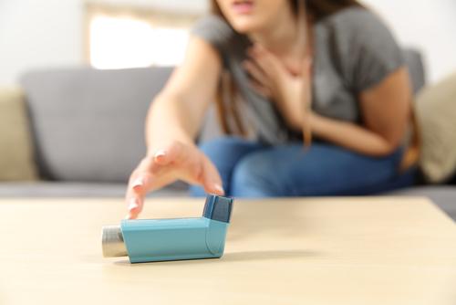 ٣٠ سببا لماذا يجب عليك الإقلاع عن التدخين والبدء في الفيبينج - يحفز الربو والتهاب الشعب الهوائية المزمن