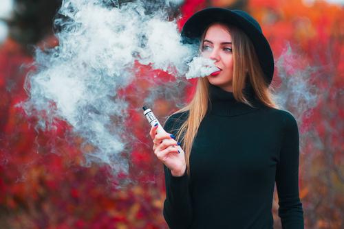 ٣٠ سببا لماذا يجب عليك الإقلاع عن التدخين والبدء في الفيبينج - التوازن الهرموني