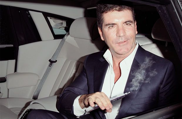 Top 50 Celebrities who vape - simon cowell